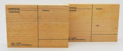 "2 Holzpostkarten ""Joseph BEUYS"" je bez. ""copy. + vertrieb: edition staeck. 96 heidelbe"