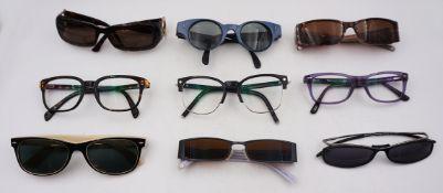 1 Konv. Sonnenbrillen verschiedener Marken wie z.B. GUCCI, MARC JACOBS, RAY-BAN u.a. g