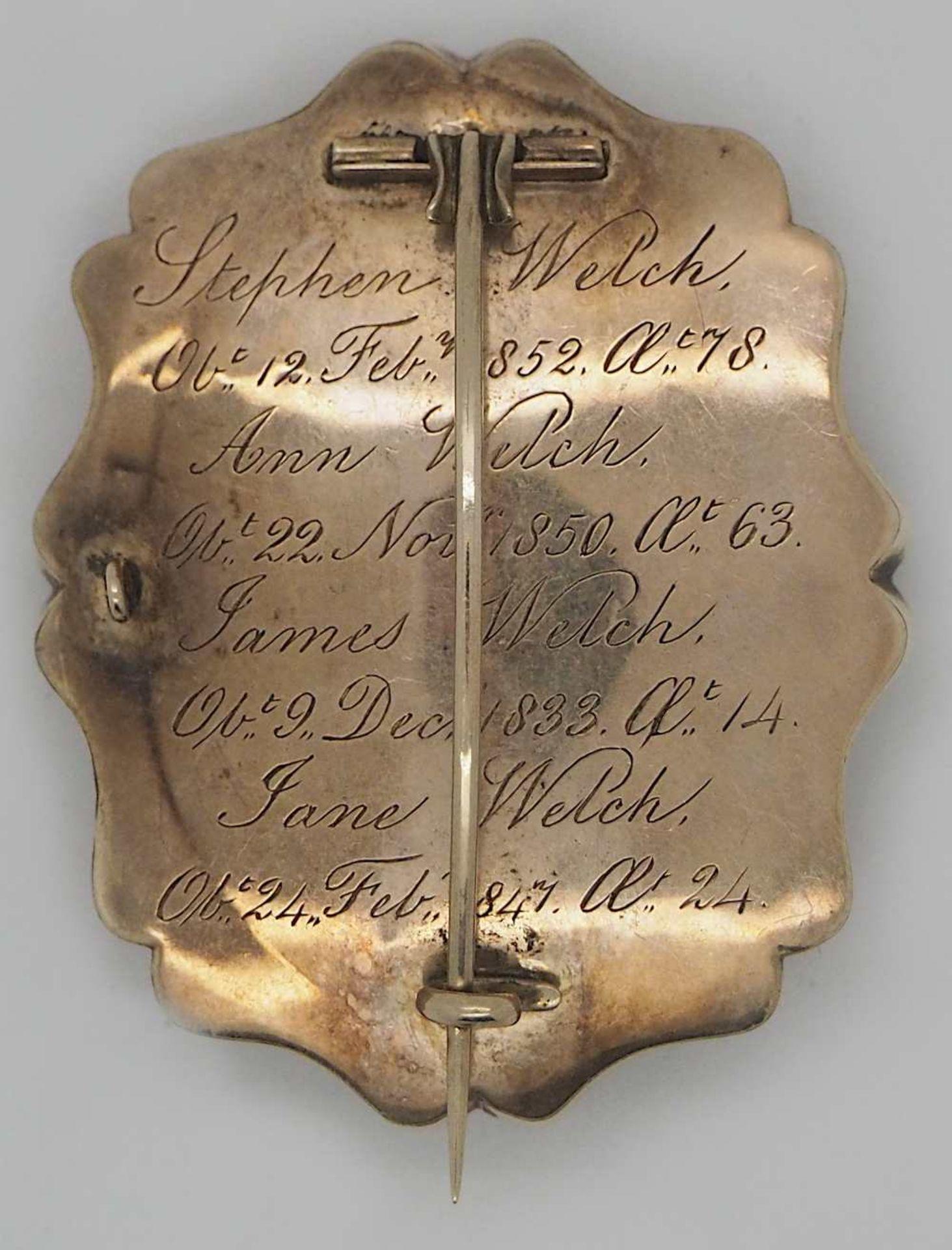 1 Konv. Schmuck z.T. um 1850 der Familie WELCH, wohl England mit Perlen, Federn u.a., - Bild 2 aus 2