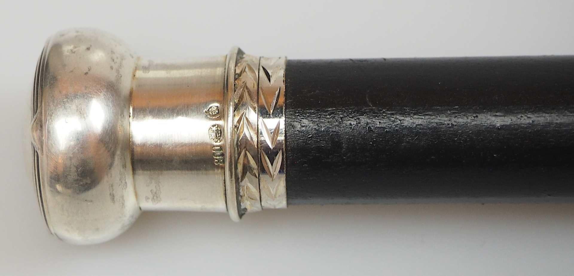 1 Herrenflanierstock, Knauf Silber 800, wohl Anfang 20. Jh. Deutschland ebonisierter H - Bild 2 aus 2