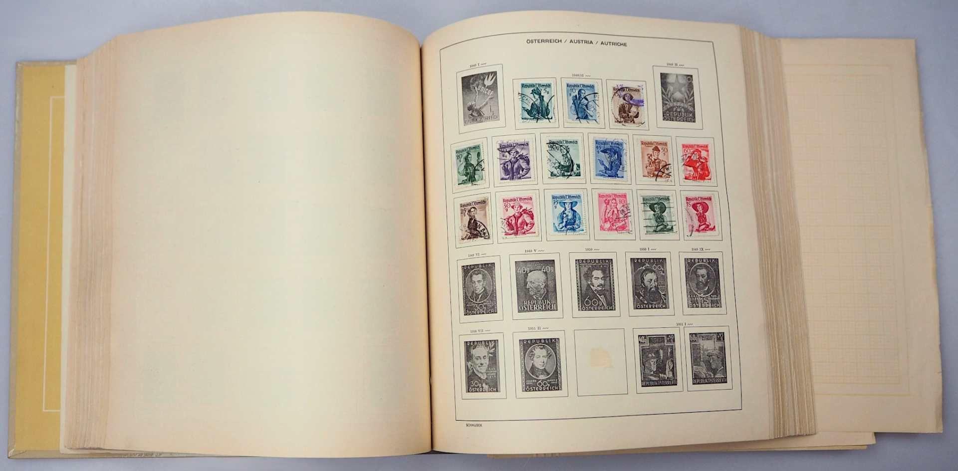 4 Briefmarkenalben z.T. SCHAUBEK, 20. Jh.: Berlin, BRD mit Posthornsatz gestempelt und - Bild 2 aus 3