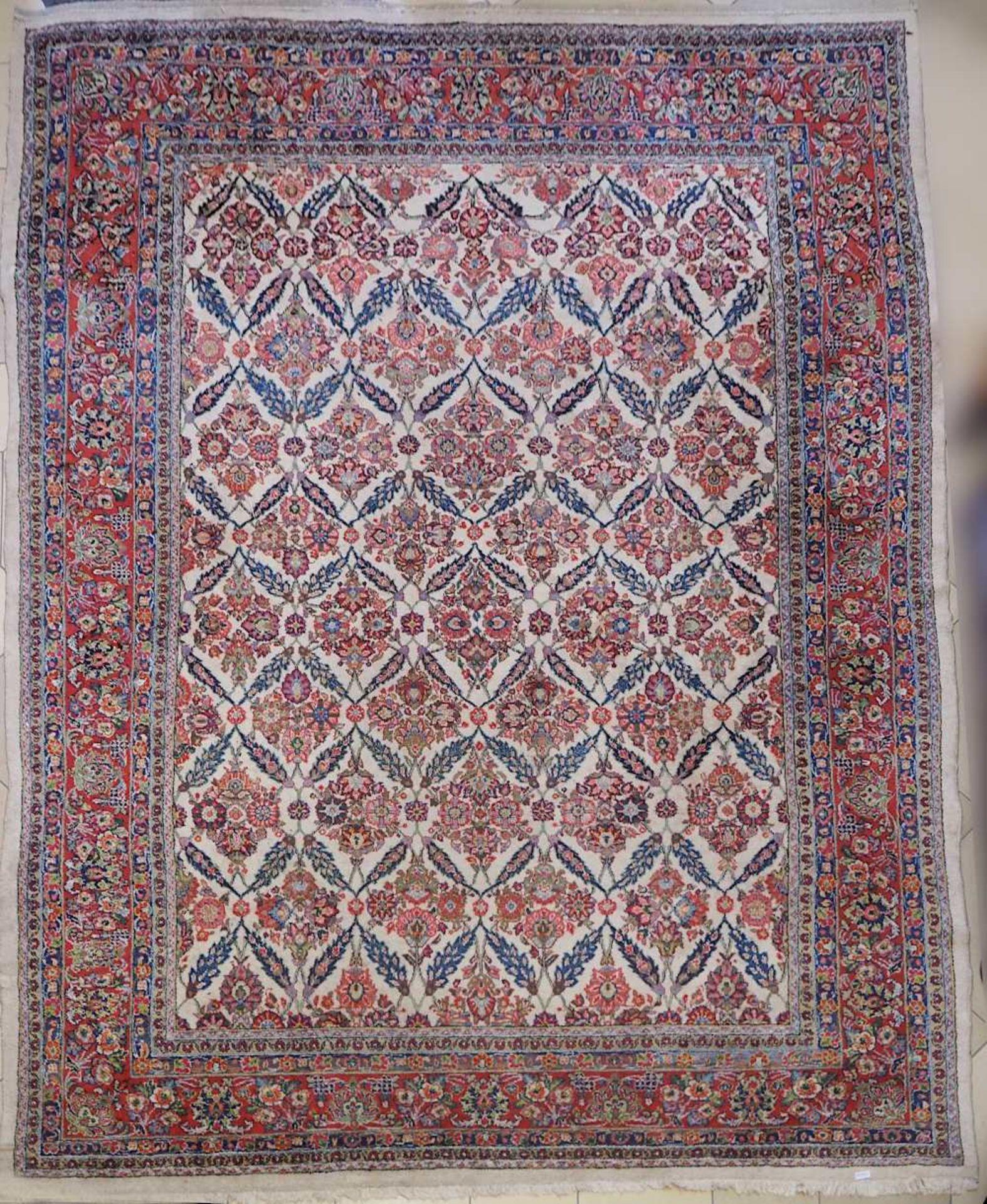 1 Konv. Teppiche 20. Jh.: Mittelfeld beigegrundig, Randbordüre rotgrundig, je florale - Bild 7 aus 7