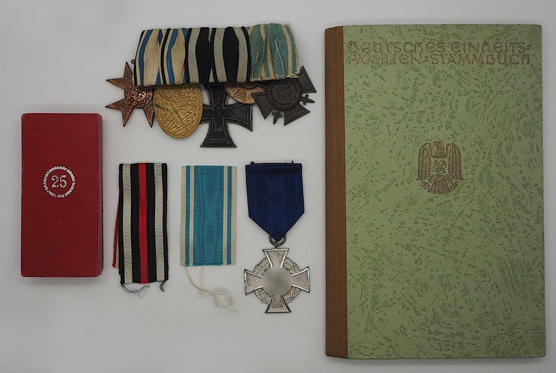 """1 Ordensspange mit versch. Abzeichen wohl 1. WK """"Ehrenkreuz des Weltkrieges 1914/1918"""""""