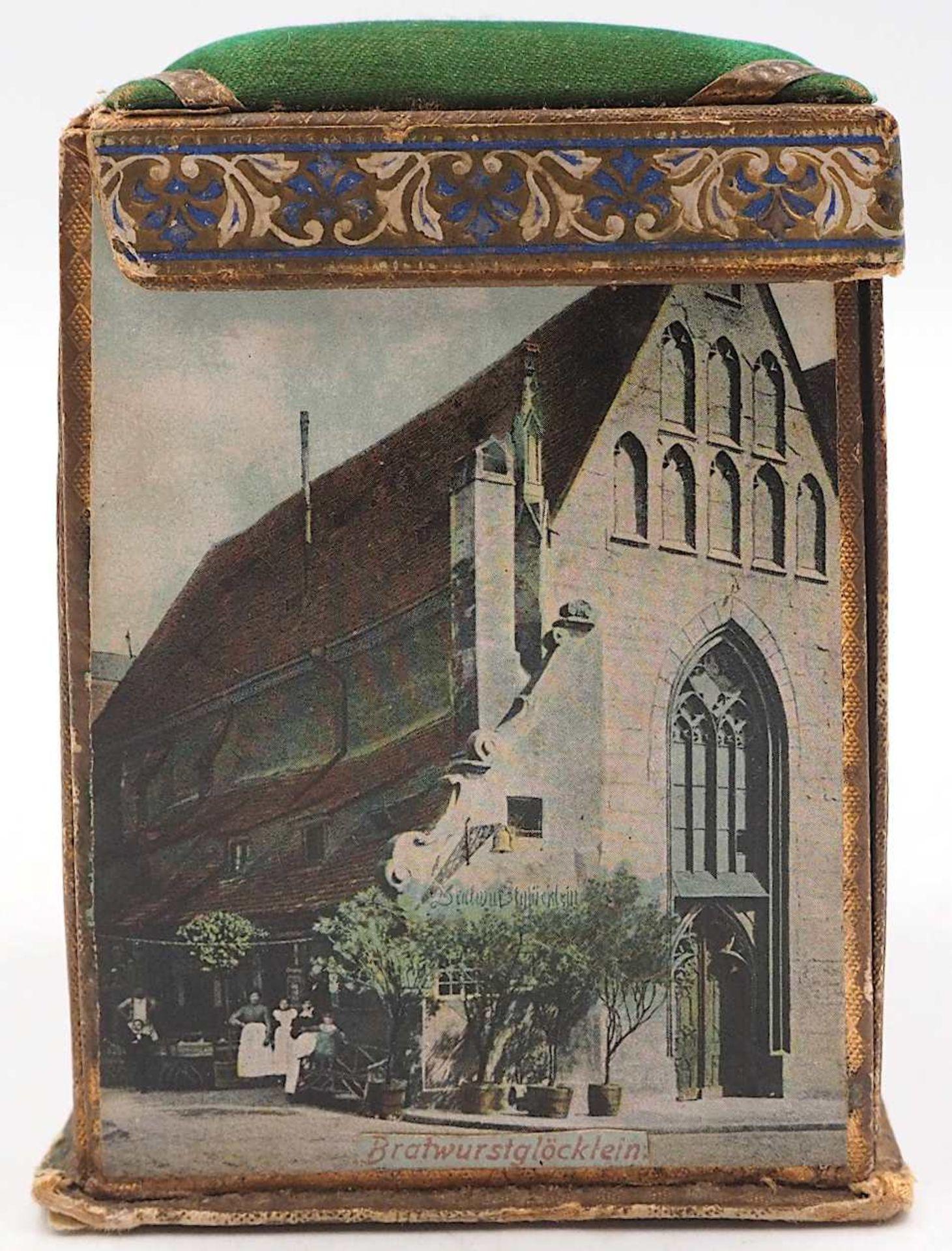 1 Reisenähset wohl um 1900 bedruckte Pappe/Stoff, aufklappbar, auf Wandung Nürnberge - Bild 5 aus 5
