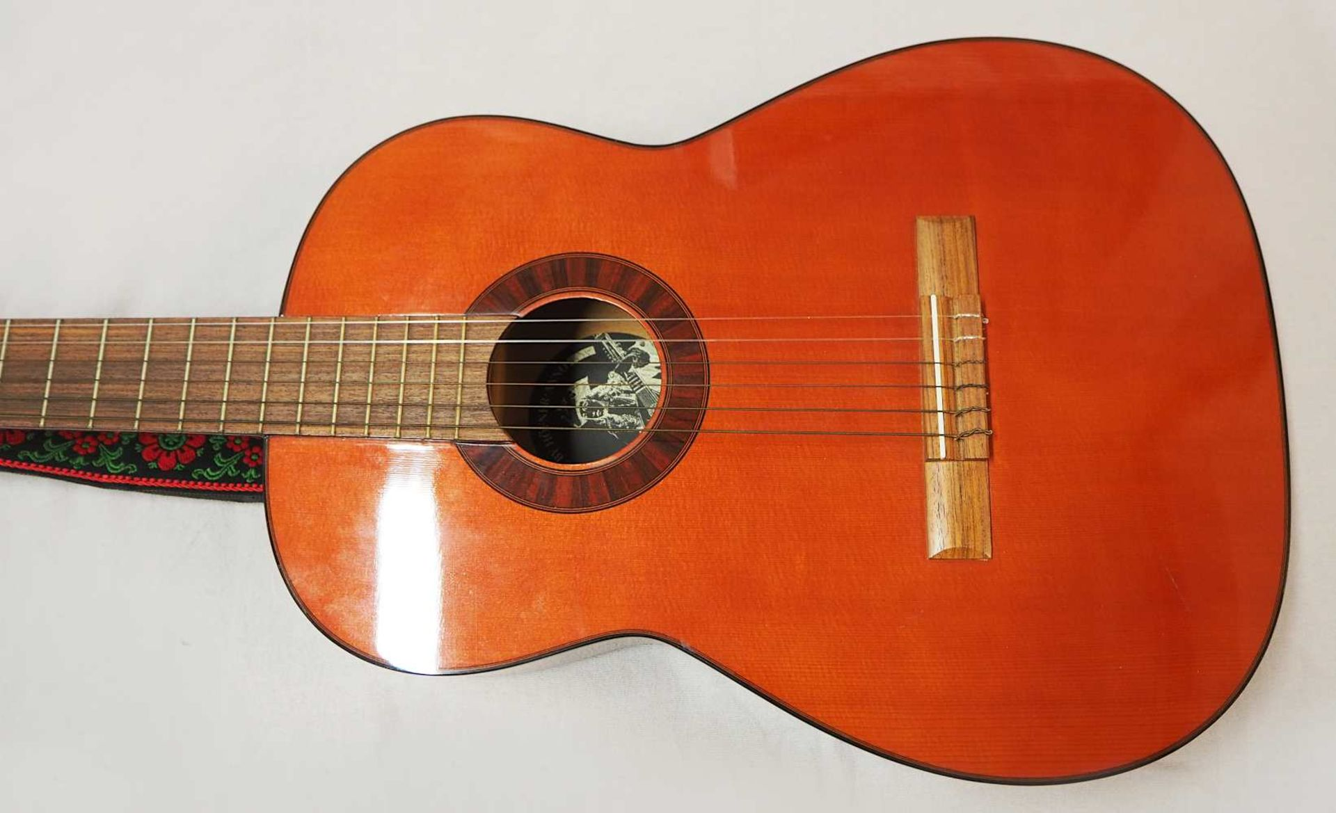 1 Konzert-Gitarre HÖFNER Modellnummer: 4840, wohl z.T. Rosenholz min. intarsiert auf - Bild 4 aus 8