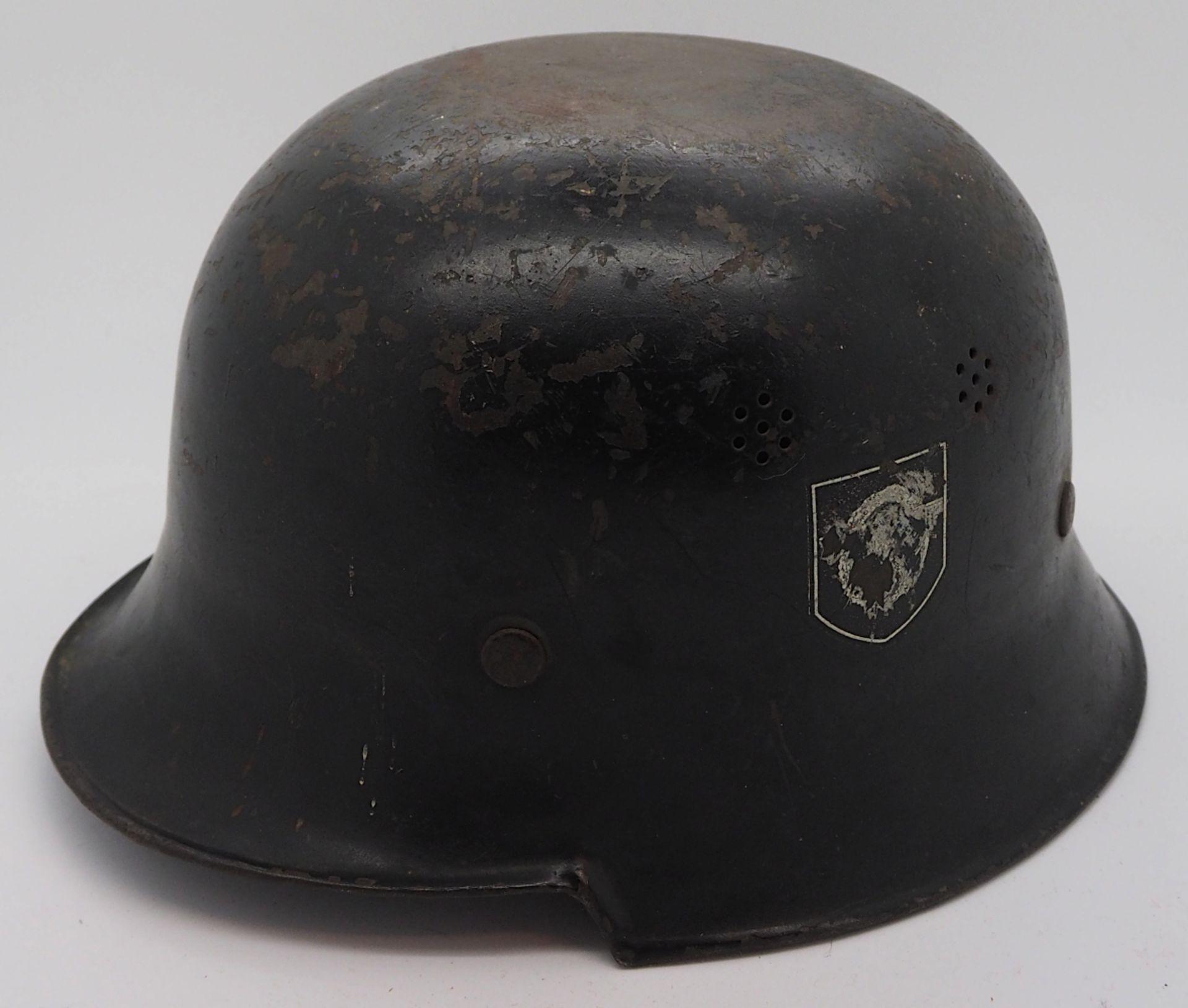 1 Konv. Militaria 3. Reich u.a., 1 Stahlhelm mit Lederinnenfutter, Wehrmacht, entnazifiziert - Bild 3 aus 8