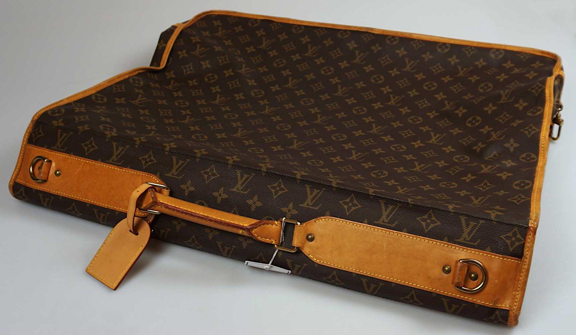 1 Kleidersack LOUIS VUITTON u.a. sichtbare Gsp. - Bild 3 aus 5