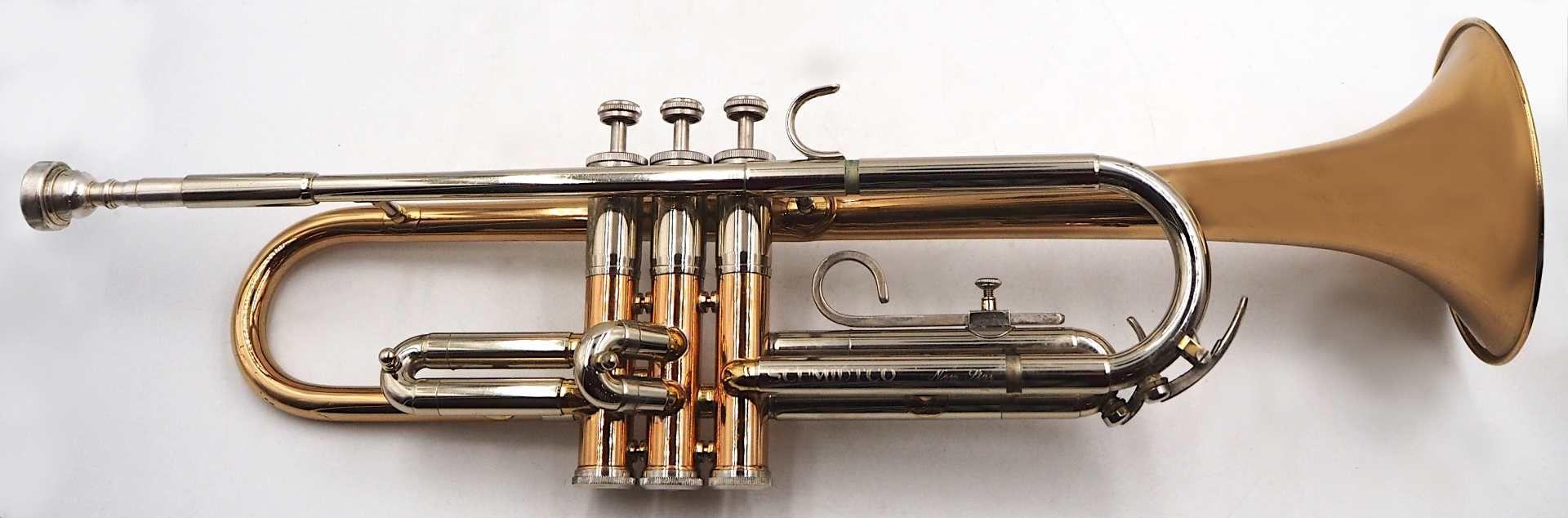 """1 Trompete SCHMIDTCO """"New Star"""" nztl. Messing, mit 3 Ventilen, L ca. 54cm, mit Trageko"""