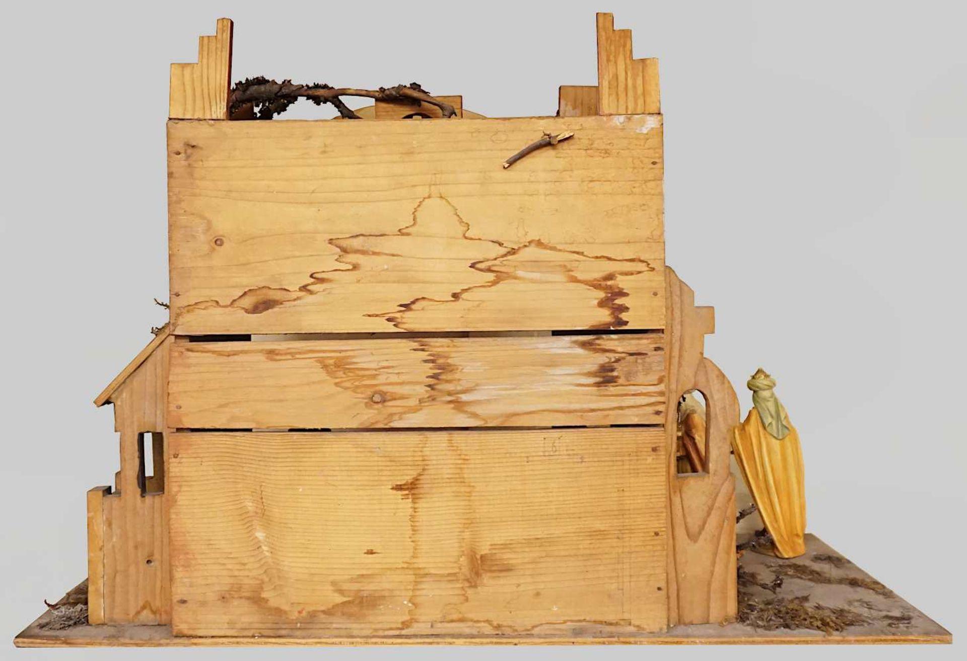 1 Krippe mit Figuren Holz, 20. Jh. z.T. gemarkt UNITAS farbig gefasst, Krippe H ca. 4 - Bild 5 aus 6