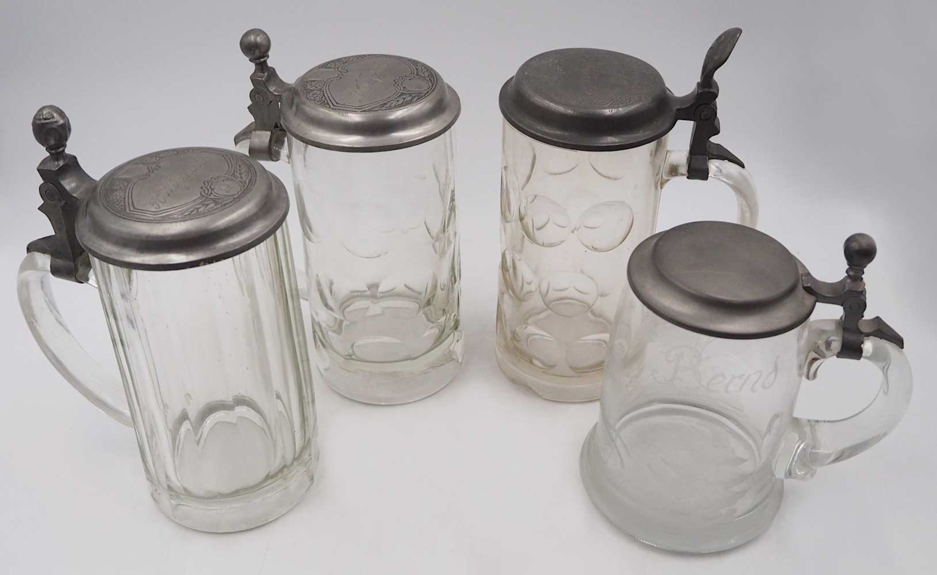 1 Konv. Bierkrüge z.T. 1. Hälfte 20. Jh. Glas/Keramik/Zinn, je mit Zinndeckel, z.T. - Bild 2 aus 2