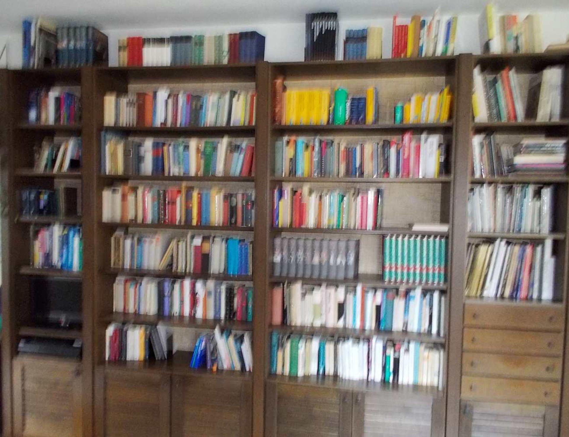 1 Bibliothek bestehend aus ca. 1000 Büchern nztl. Bildbände, Religion und Theologie, - Bild 5 aus 8