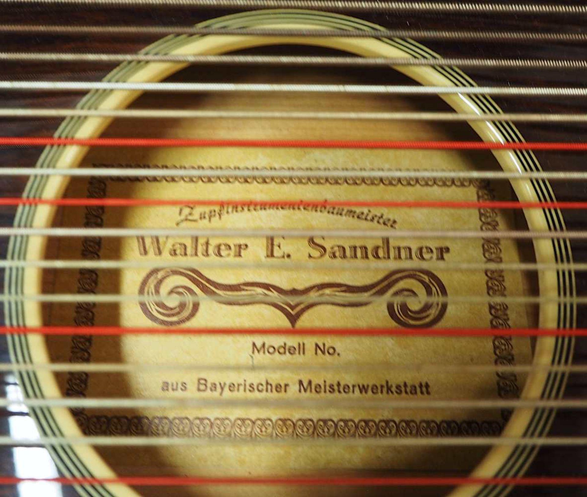 """1 bayerische Harfen-Zither auf Klebezettel bezeichnet """"Walter E. SANDNER"""" 40-saitig, w - Bild 3 aus 4"""