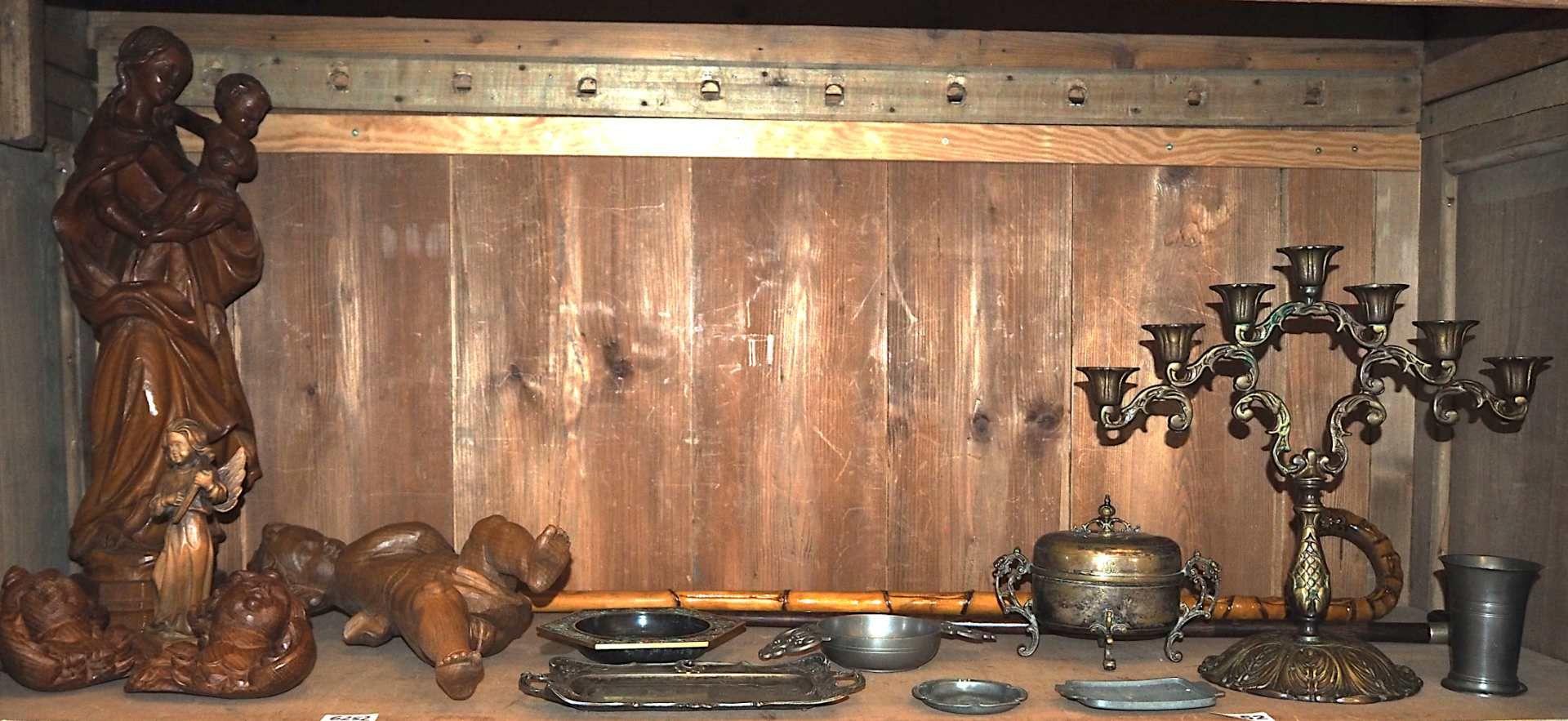 1 Konv. Dekorationsobjekte z.T. Anfang 20. Jh. Metall/Zinn: Kerzenleuchter 7-flammig H - Bild 2 aus 2