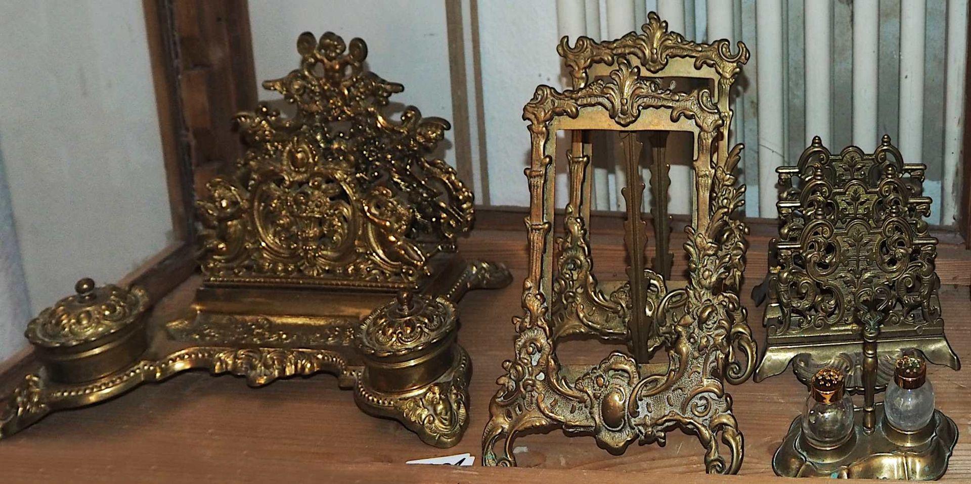 1 Konv. Messing-/Kupferobjekte nztl.: Kannen, Töpfe, Tischaufsätze, Schreibsets, u.a., bis H c - Bild 5 aus 8