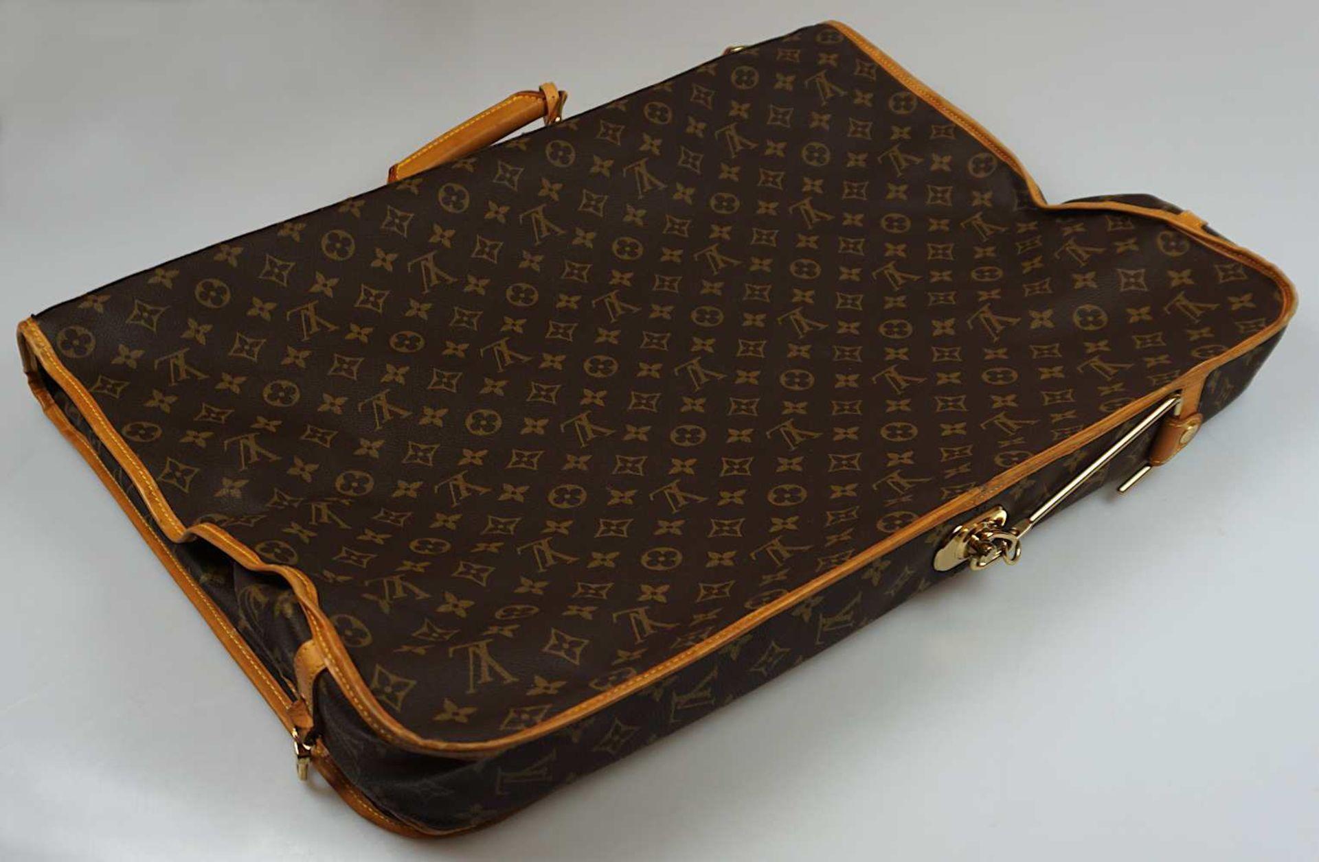 1 Kleidersack LOUIS VUITTON u.a. sichtbare Gsp. - Bild 2 aus 5