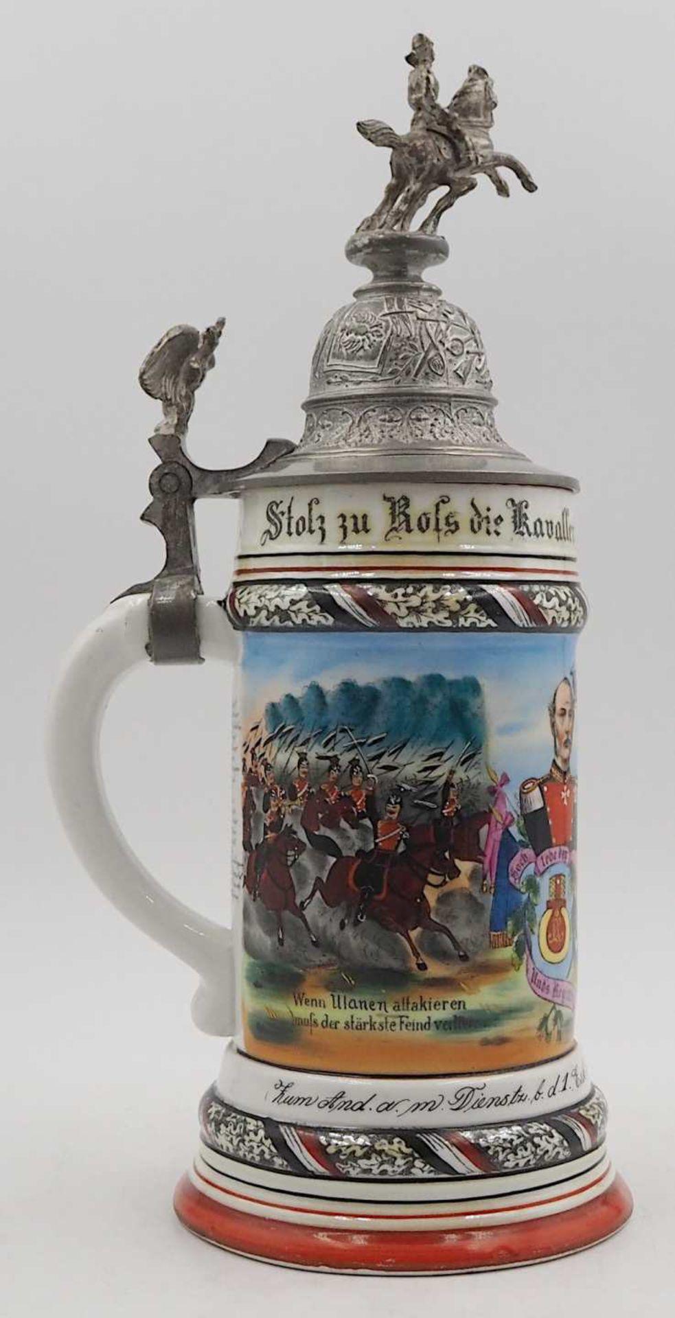 """1 Reservistenkrug Porzellan bezeichnet: """"1. Esk. Thür. Ulan. Regt. No. 6 in Hanau 1901/04"""" - Bild 5 aus 6"""