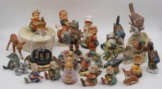 1 Konv. Porzellanfiguren GOEBEL Hummelfiguren z.T. Mitte 20. Jh., u.a.