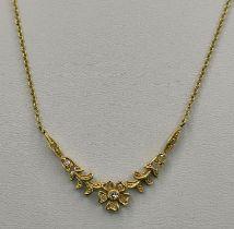Feine Kette mit Blumenmotiv und kleinen Diamanten, 585/14K Gelbgold, 3,5 g, Länge 44cmFine