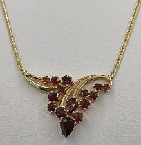 Kette mit Rubinelement, 585/14K Gelbgold, 8,2g, Länge 38cmNecklace with ruby element, 585/14K yellow