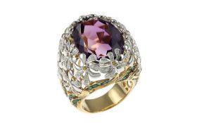 Ring mit Diamanten, Amethyst, Saphiren und Smaragden