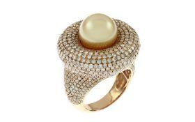 Ring mit Diamaten und Perle