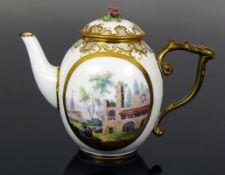 Kleines Teekännchen (Sèvres, um 1770)