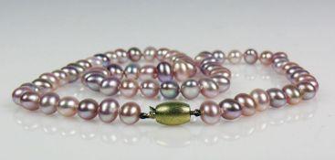 Perlenhalskette Verschluss in