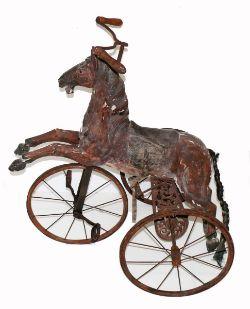 Dreiradpferd (um 1900) braun gefasster
