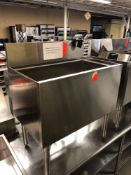 Krowne 30 inch ice sink with cold plate