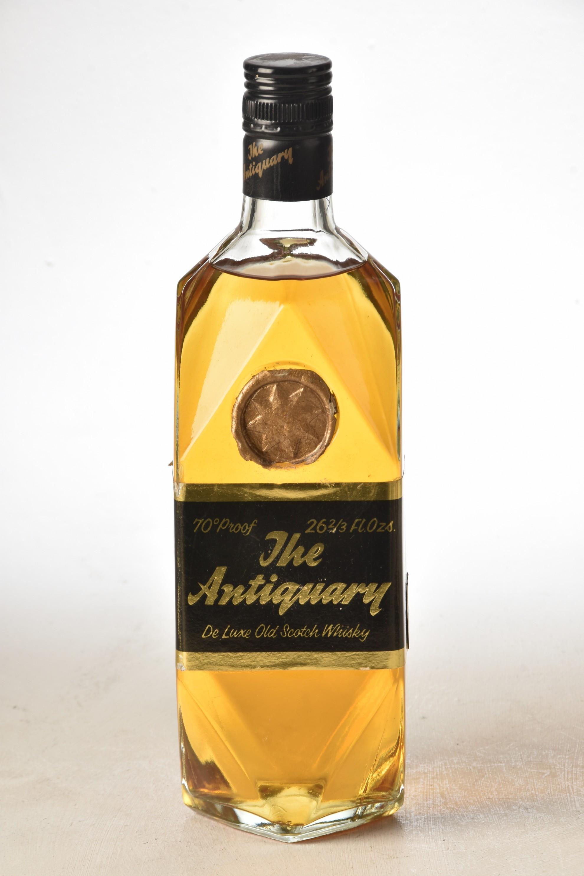 The Antiquary 1960's bottling 26 2/3rds Fl Oz 70% Proof 1 bt