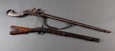2 Gewehre 19. Jahrhundert, Steinschloß und Perkussion