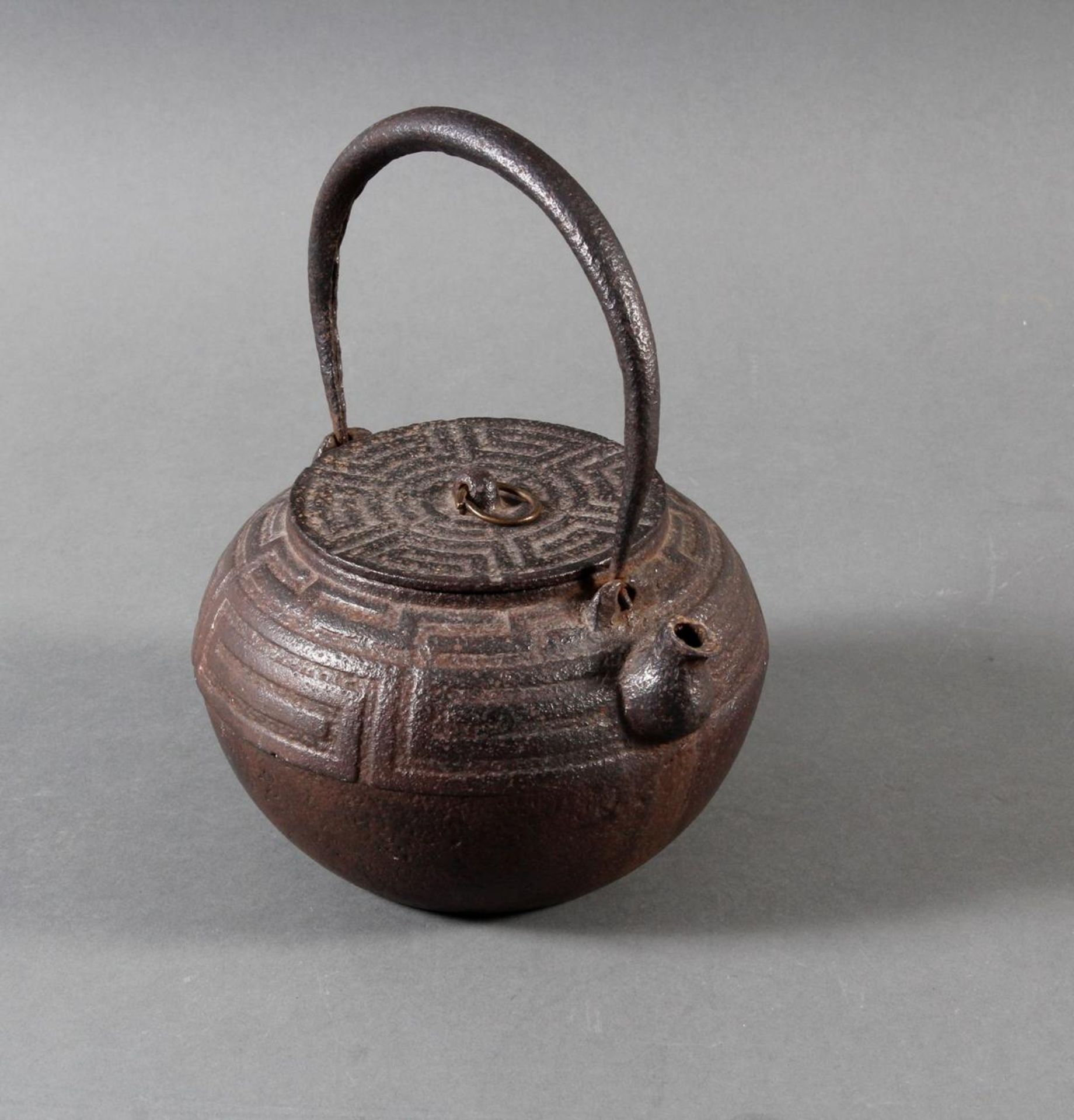 Gusseiserner Wasserkessel, China 18./19. Jahrhundert