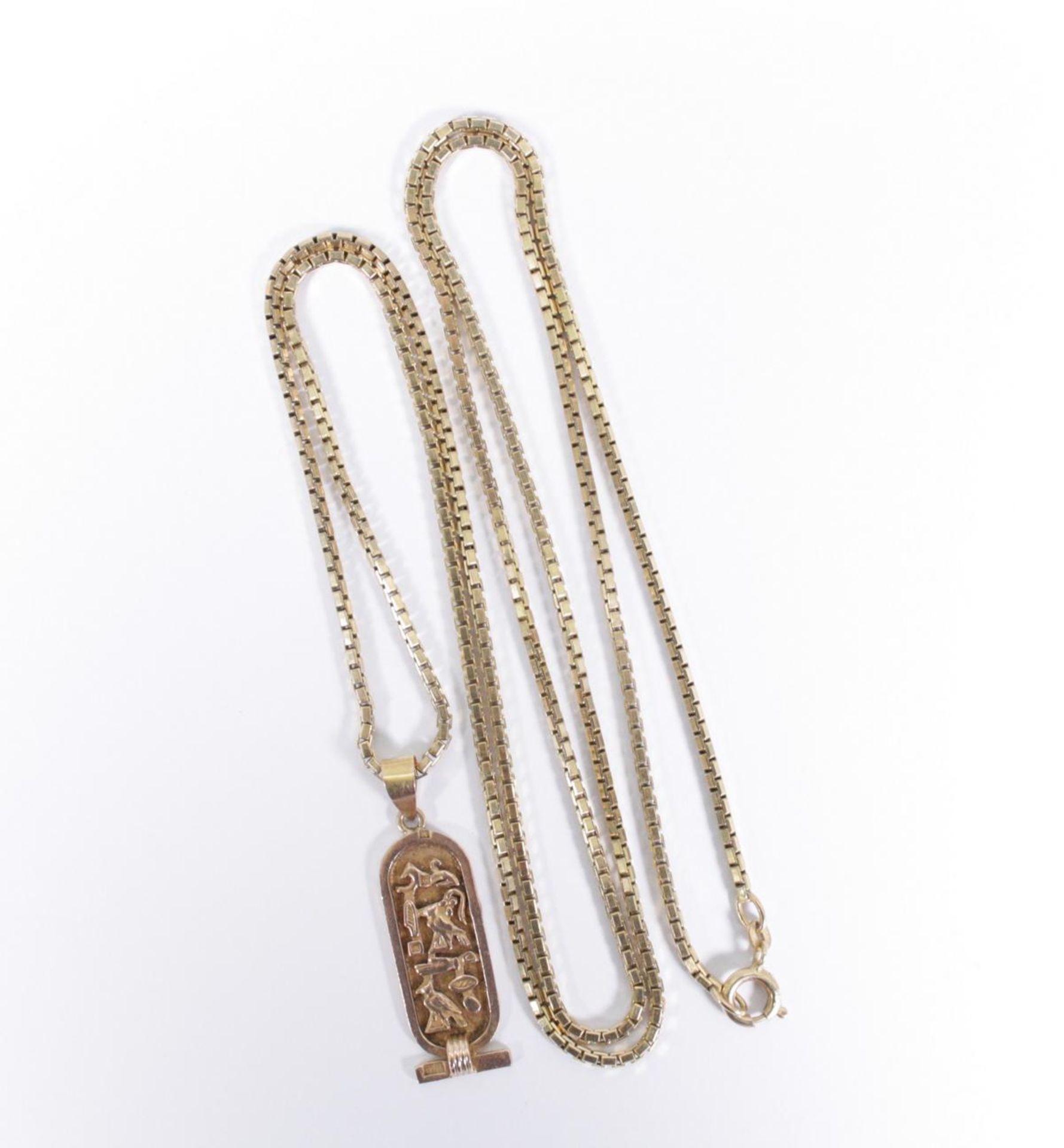 Halskette mit Ägyptischen Anhänger, 14 Karat Gelbgold