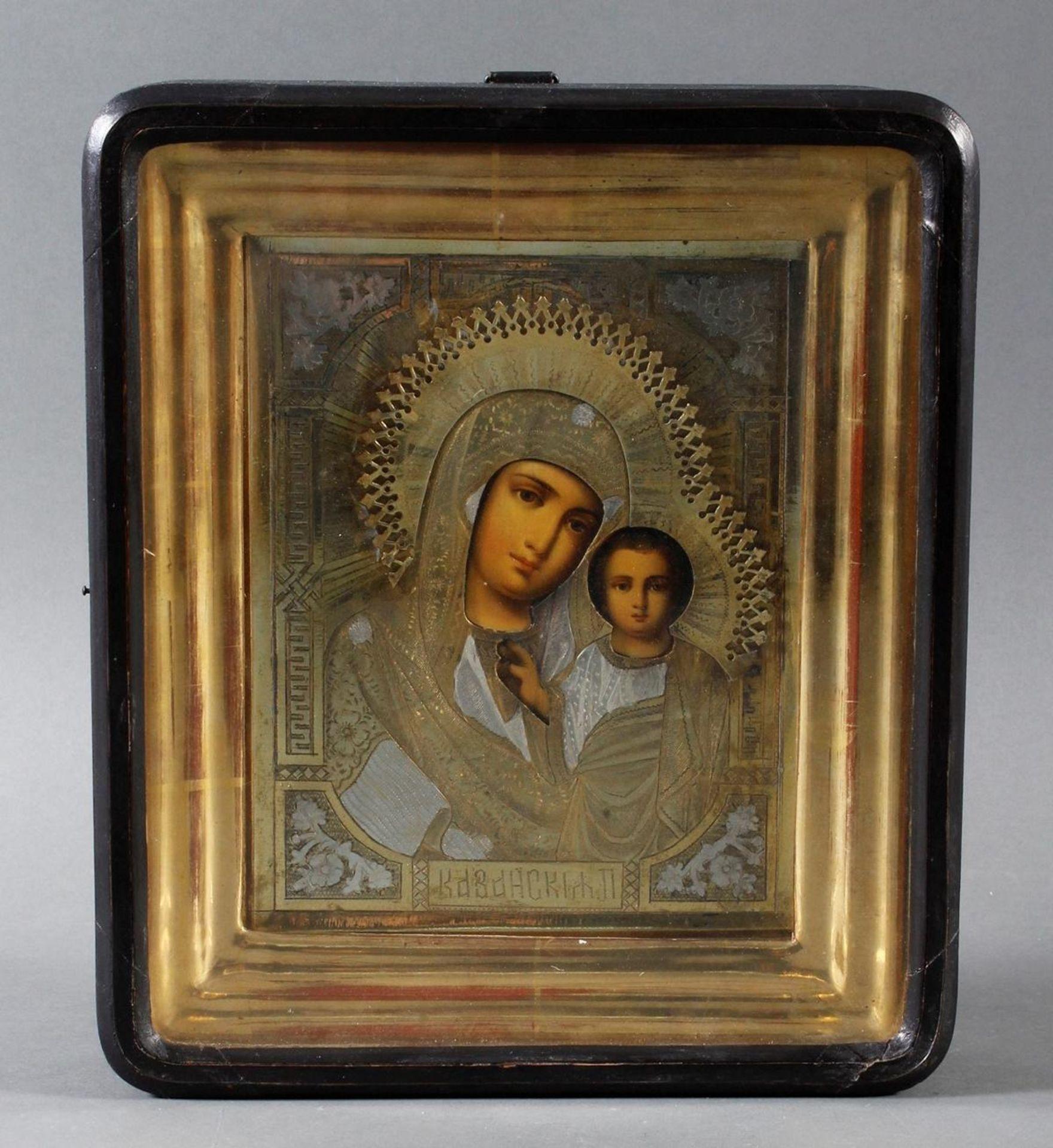 Ikone mit vergoldetem Silberoklad, Maria mit dem Jesuskind, Russland Anfang 20. Jahrhundert