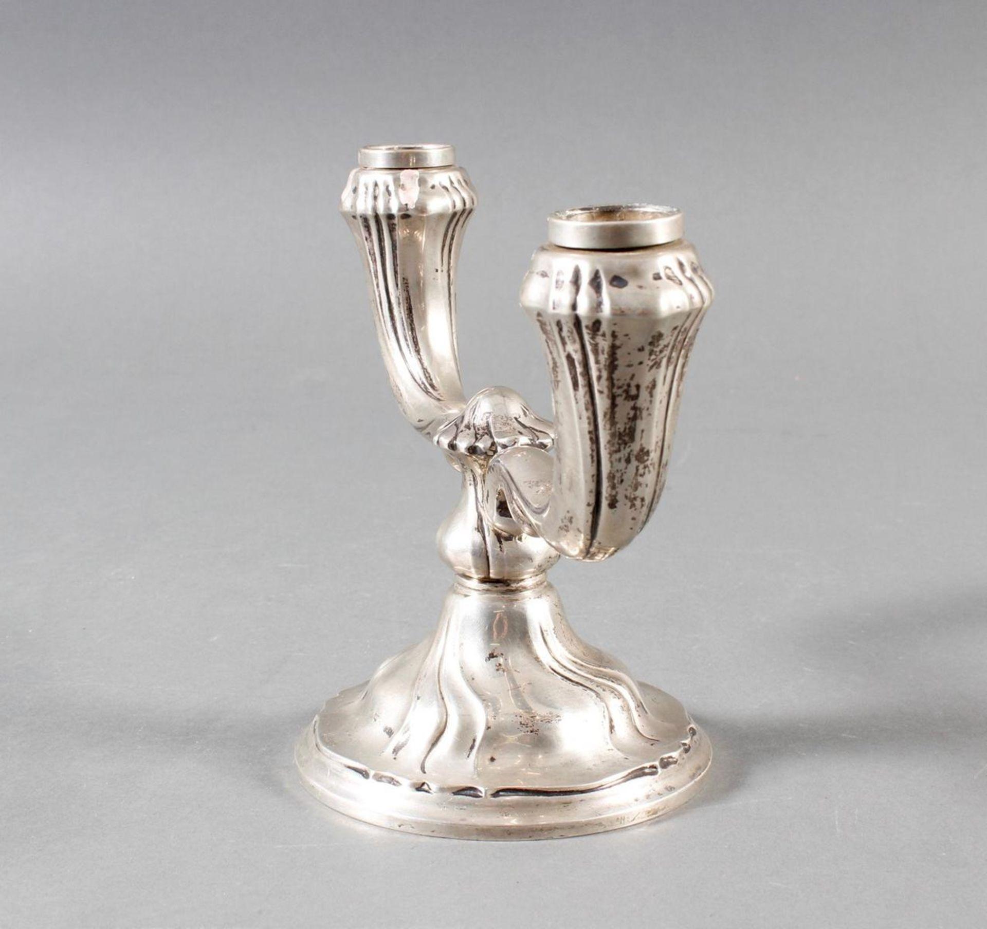 Zweiflammiger Silberleuchter, Deutsch um 1900/1920 - Bild 4 aus 8