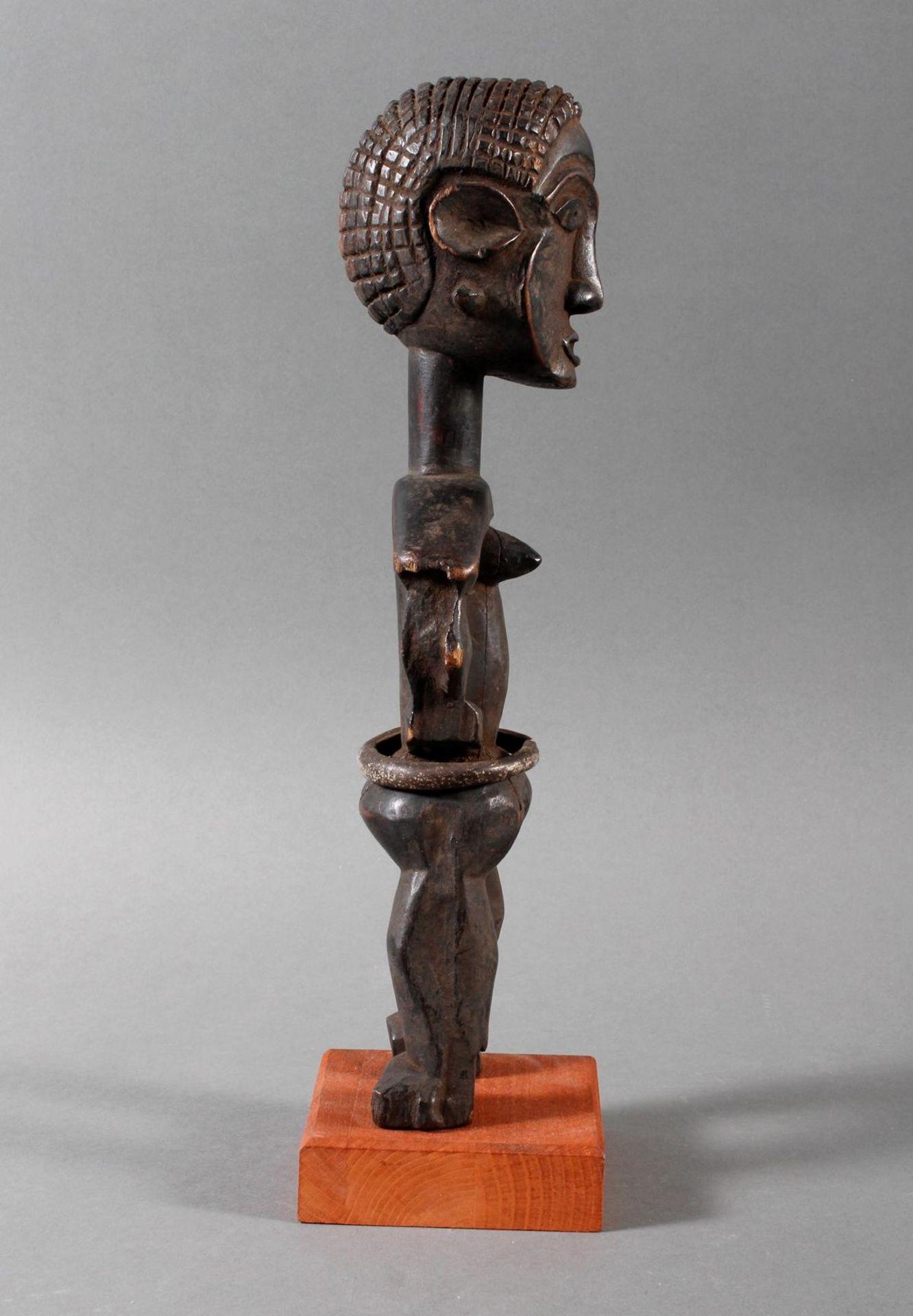Seltene weibliche Ahnenskulpur der Azande, DR Kongo - Bild 2 aus 6