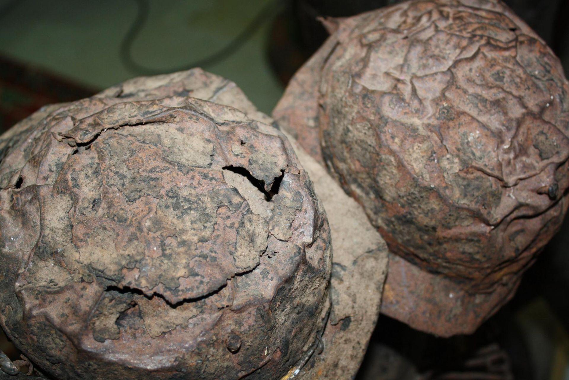 Doppelkopf-Nagelfetisch-Ritual Figur. Kongo-Yombe, Nkisi Nkondi, 1. Hälfte 20. Jh. - Bild 9 aus 9