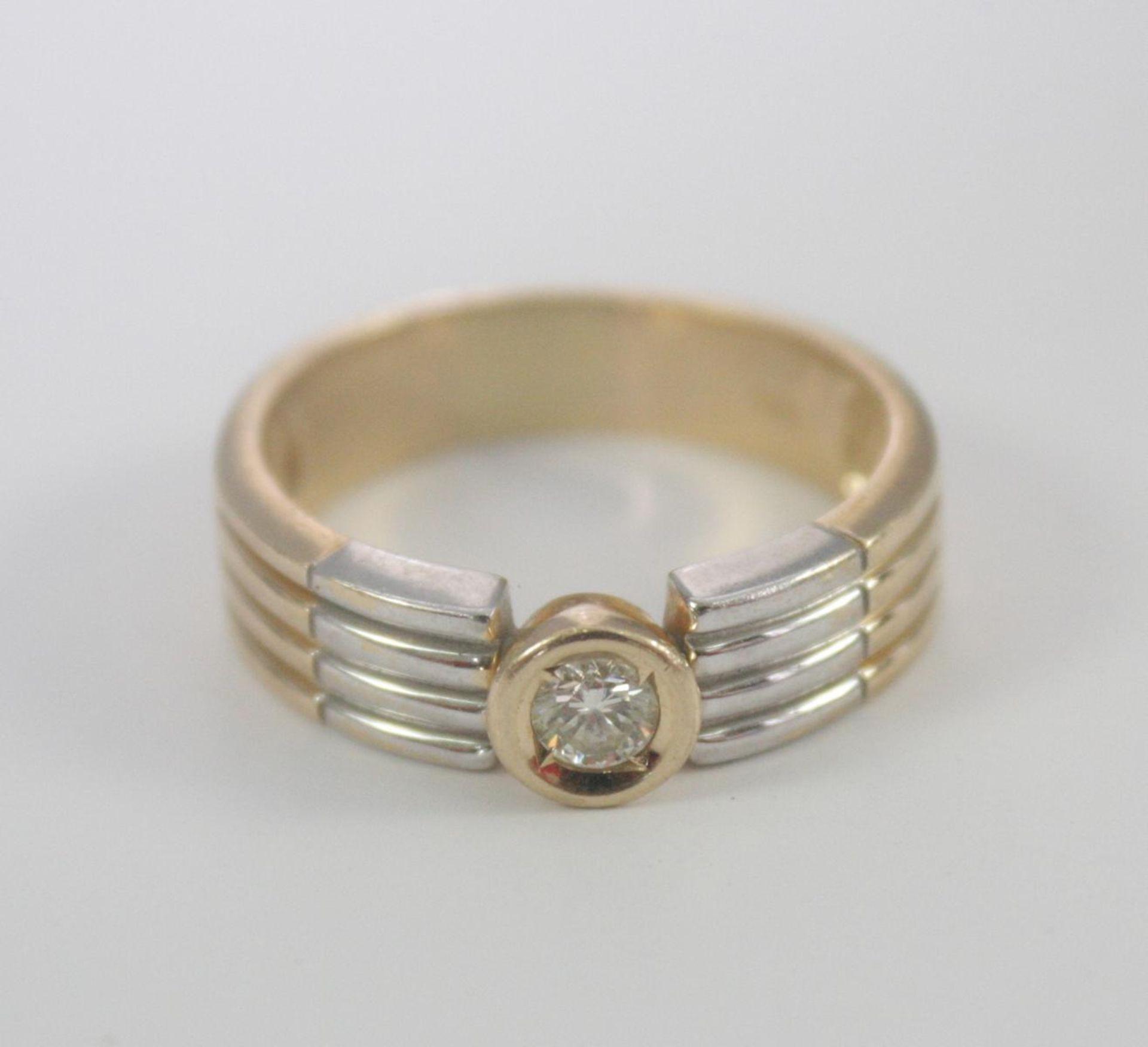 Damenring mit Diamant, 14 Karat Gelb- und Weißgold - Bild 2 aus 3
