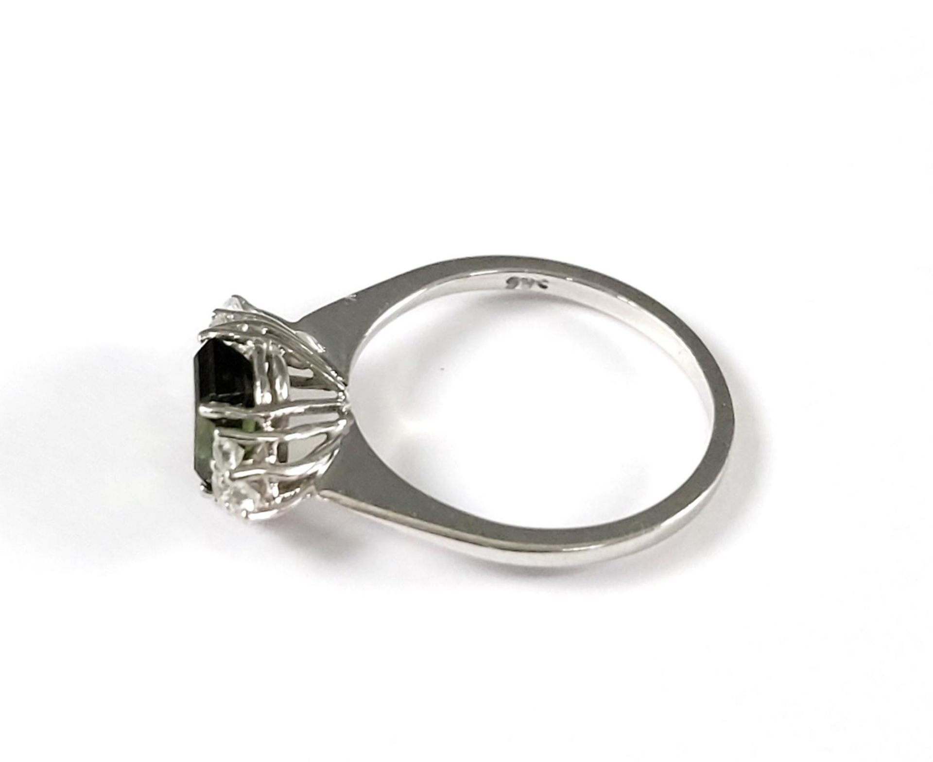 Damenring mit Turmalin und Diamanten, 14 Karat Weißgold - Bild 4 aus 4