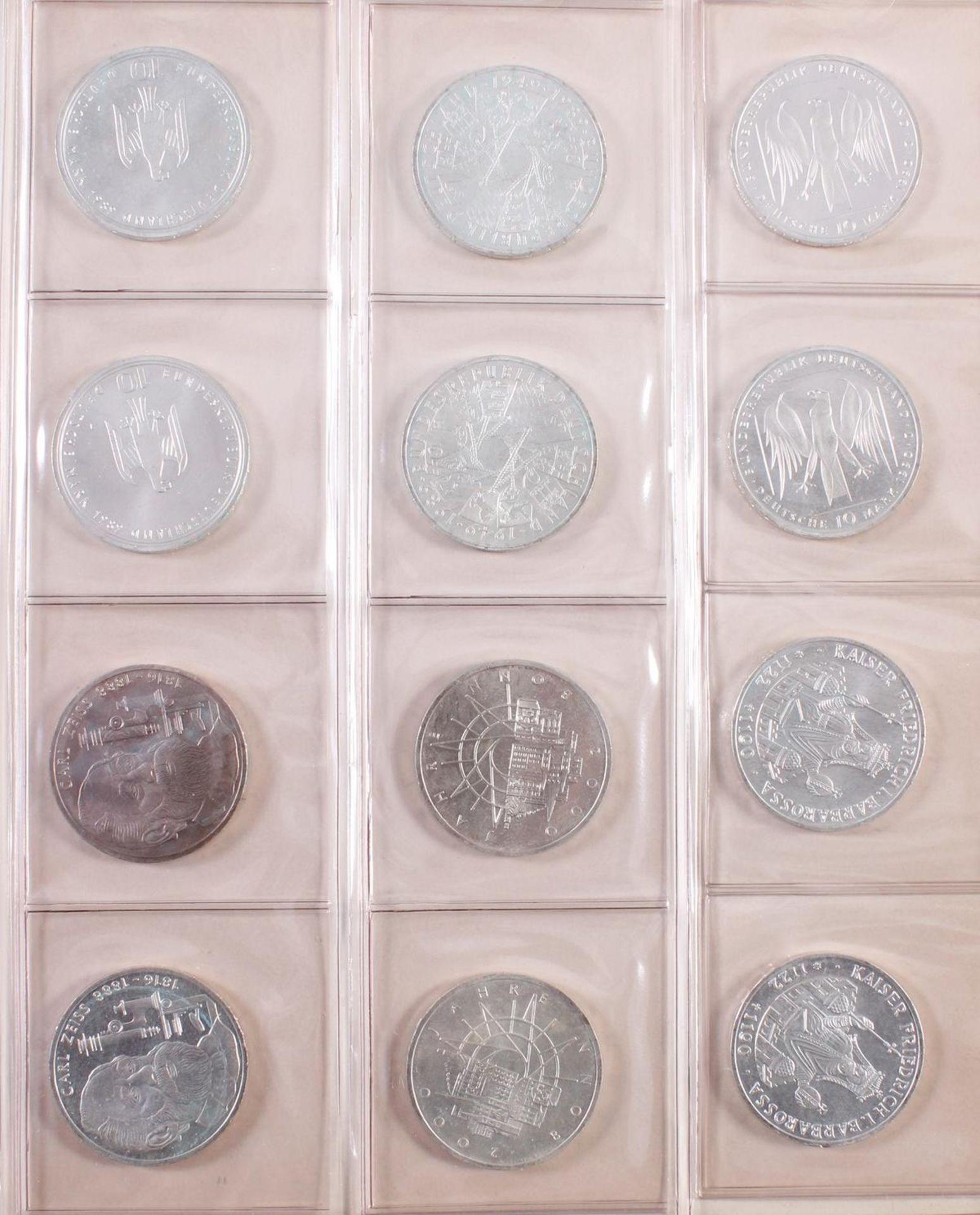 Münzsammlung BRD und alle Welt mit einer Goldmünze - Bild 3 aus 15