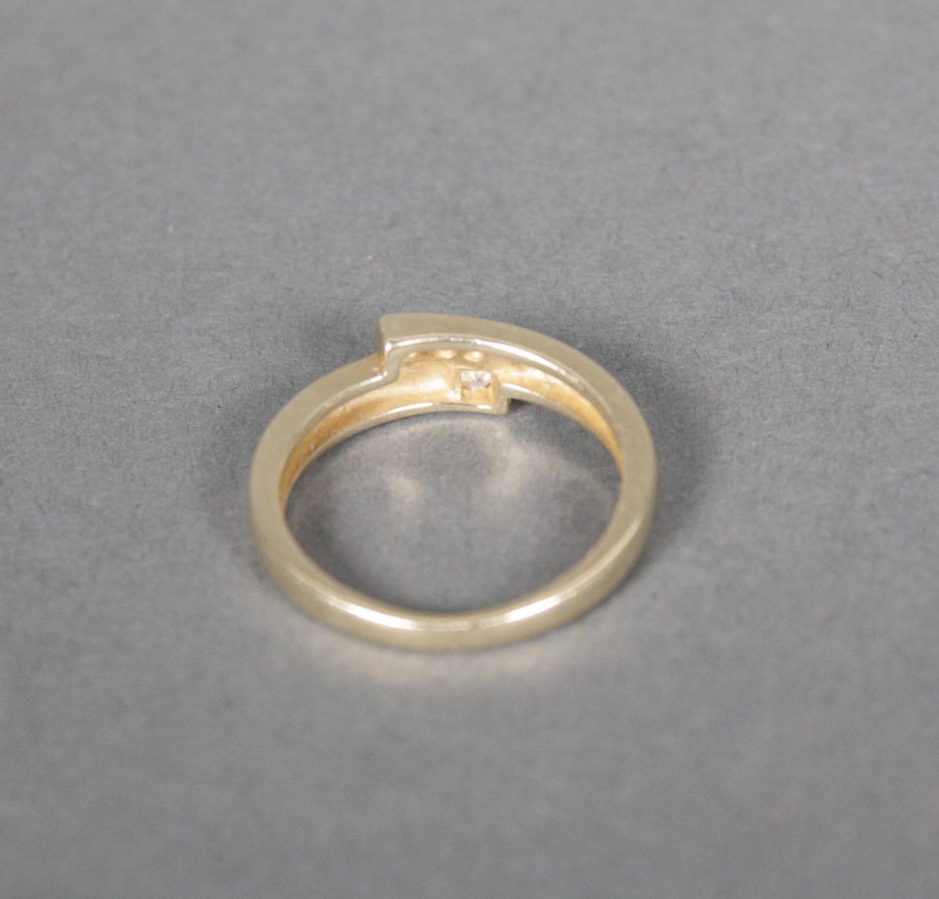 Damenring mit Diamanten, 14 Karat Gelbgold - Bild 4 aus 4
