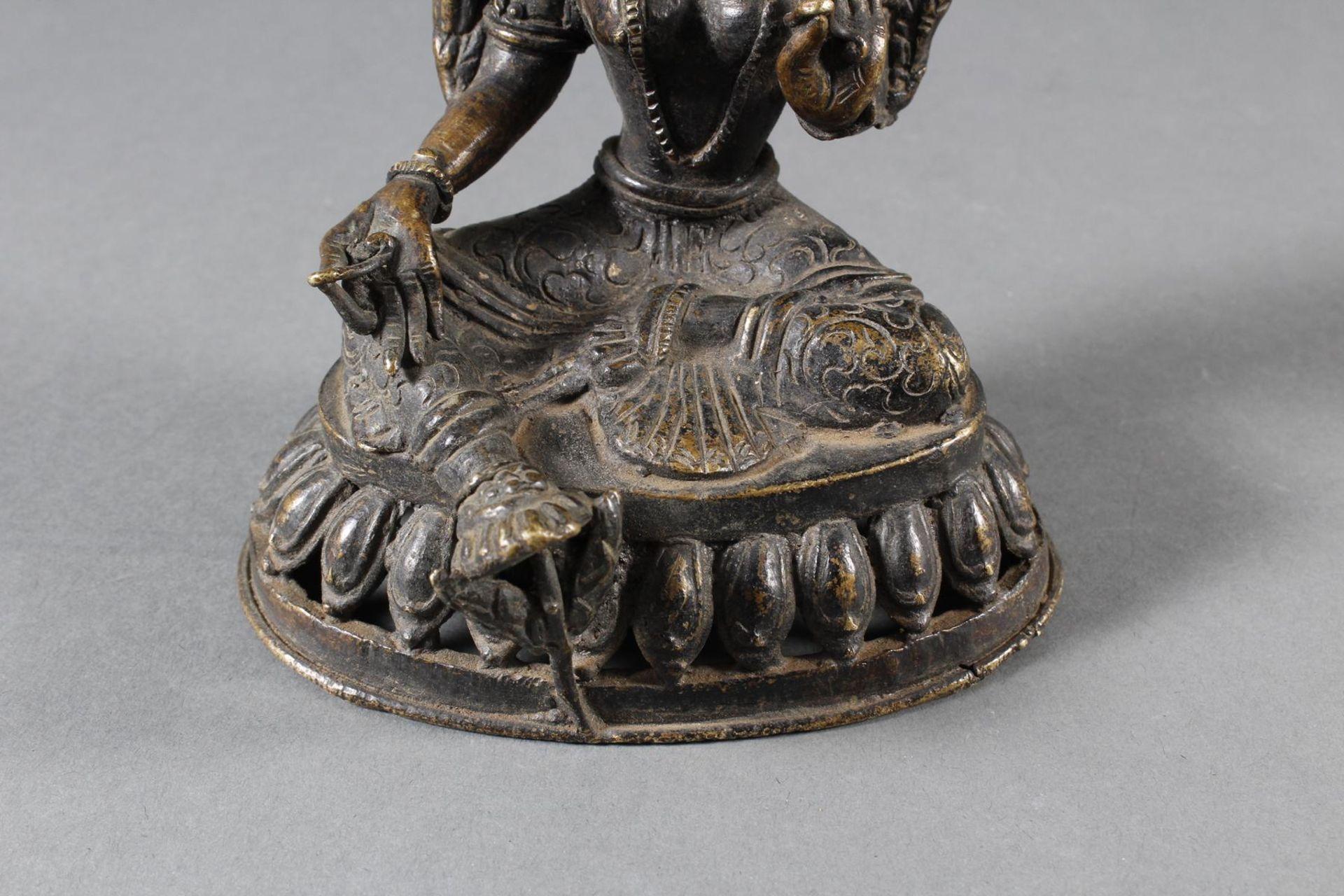 Bronze Buddha, Tara, Tibet, 18. / 19. Jahrhundert - Bild 6 aus 7