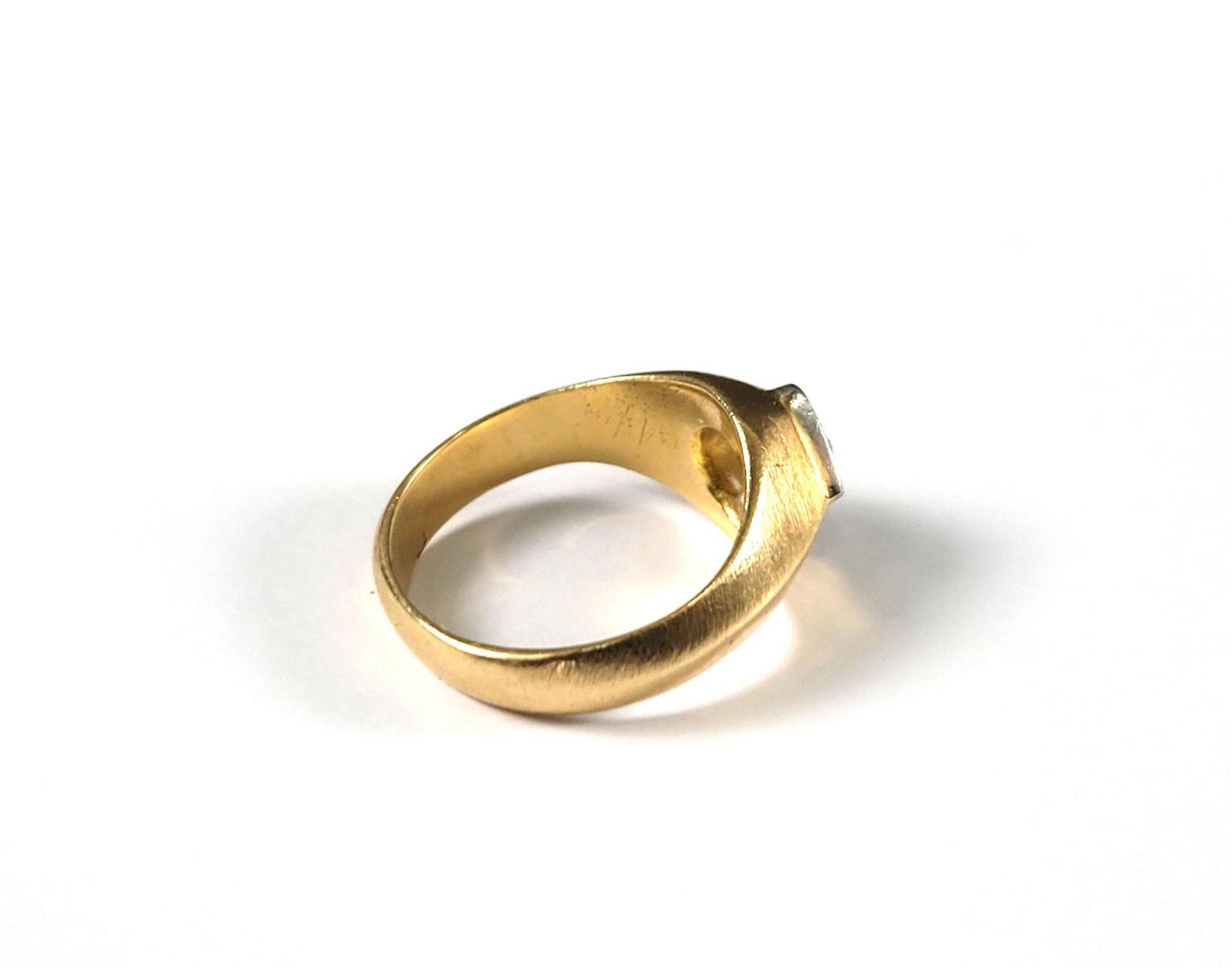 Damenring mit Diamanten, 18 Karat Gelbgold - Bild 2 aus 4