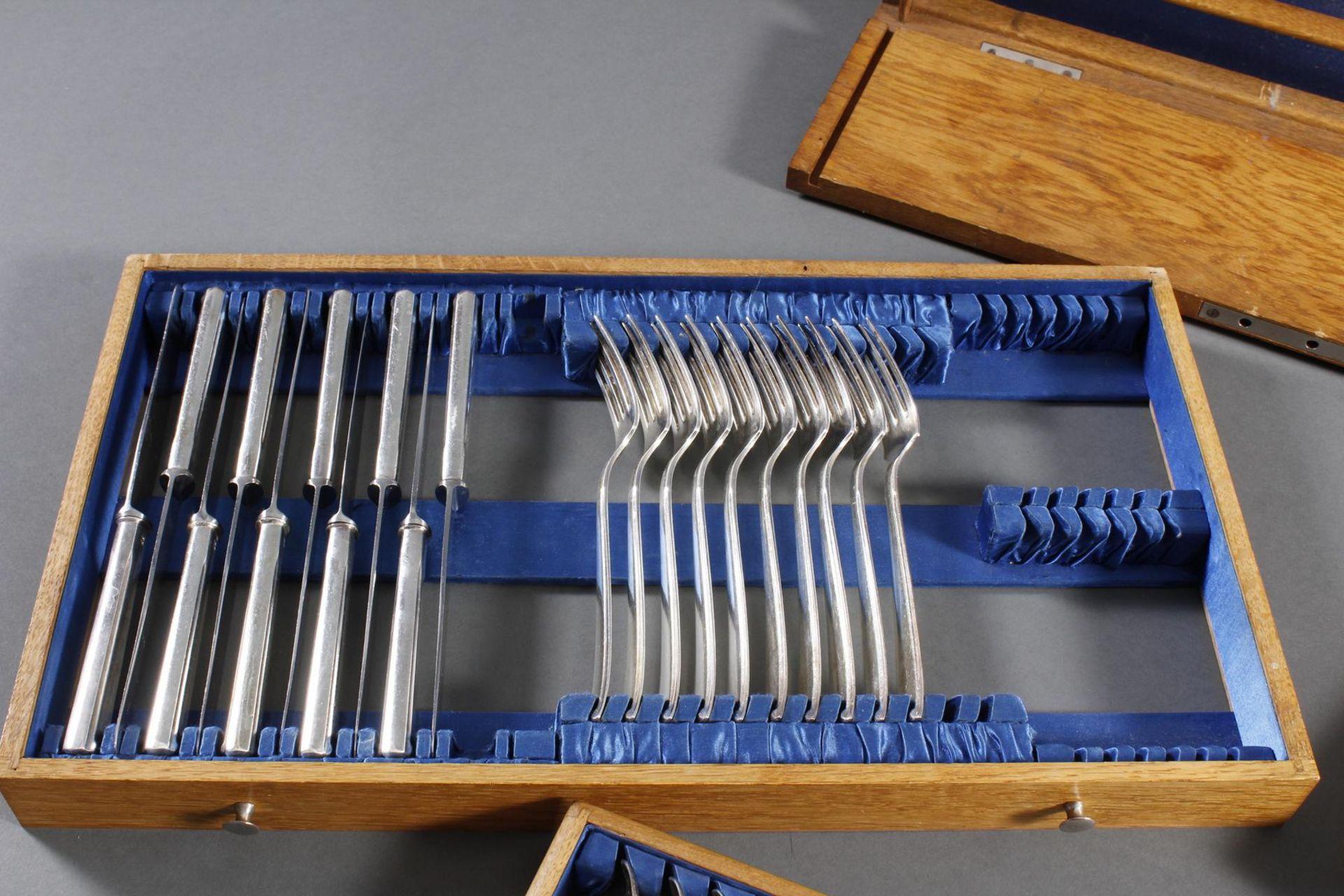 Bruckmann Essbesteck für 12 Personen im Besteckkasten, 90er Auflage - Bild 6 aus 8