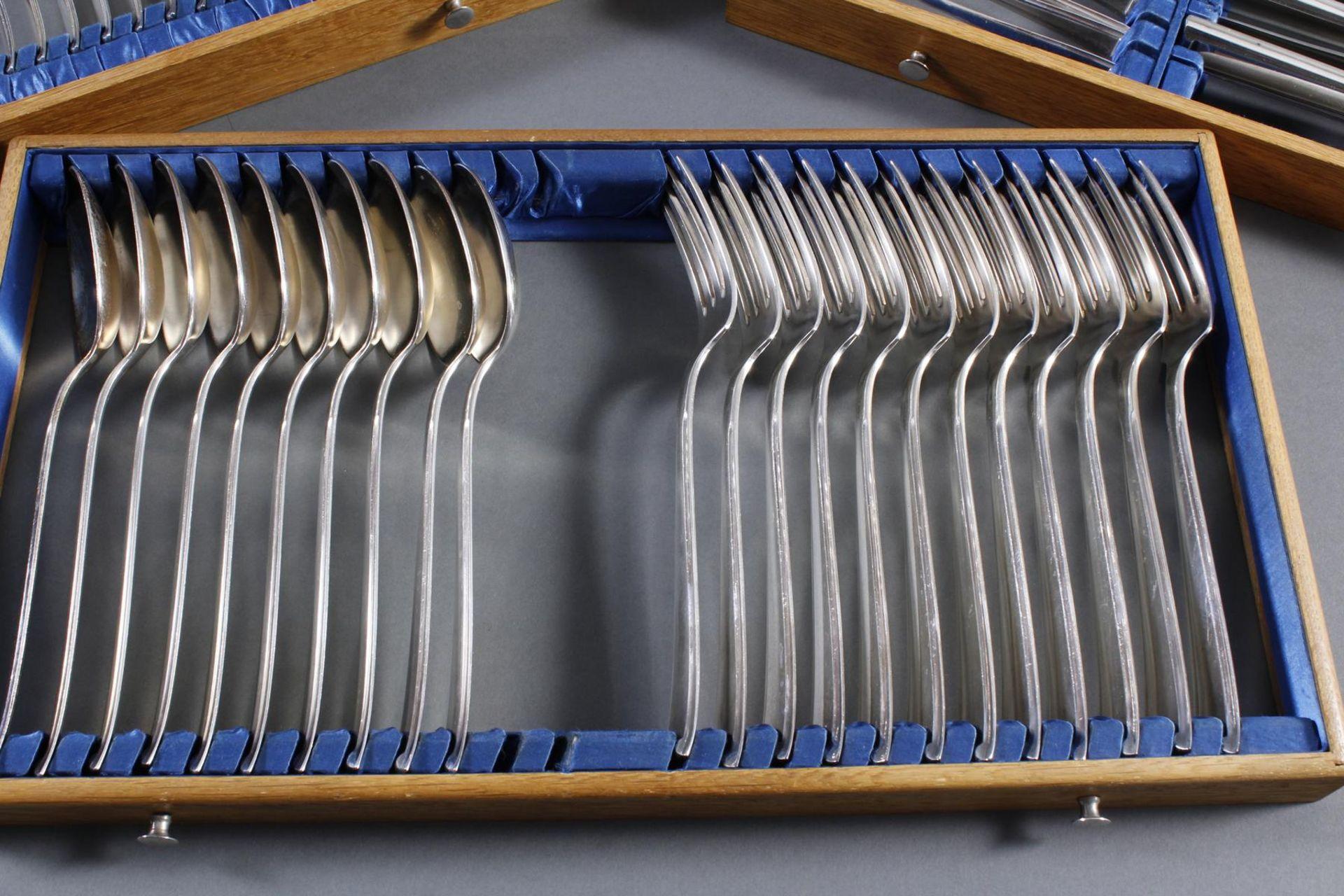Bruckmann Essbesteck für 12 Personen im Besteckkasten, 90er Auflage - Bild 4 aus 8