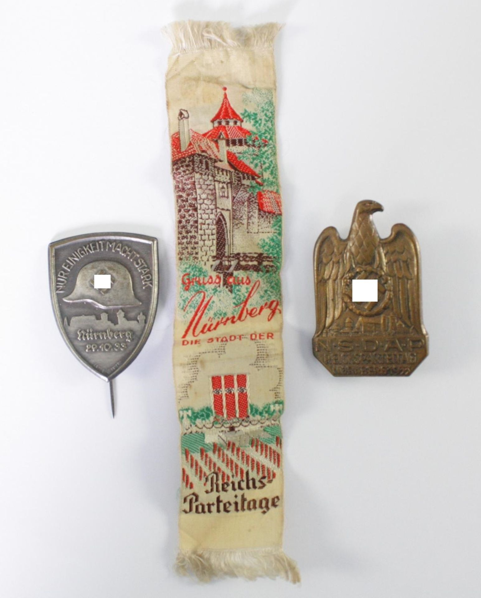 3 Abzeichen / Memorabilia Thema Nürnberg
