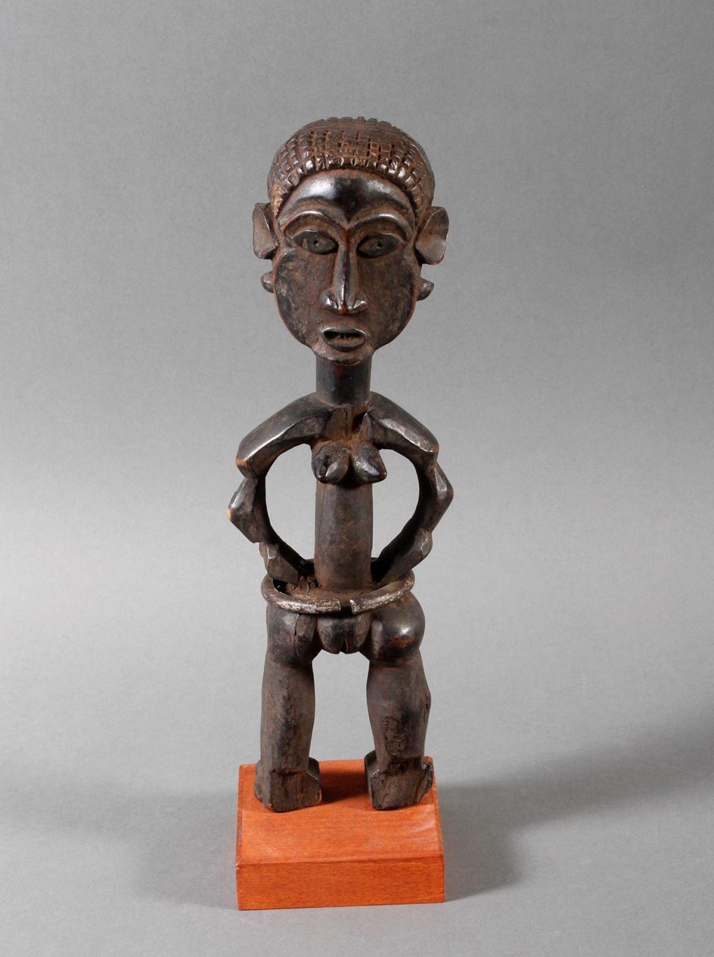 Seltene weibliche Ahnenskulpur der Azande, DR Kongo