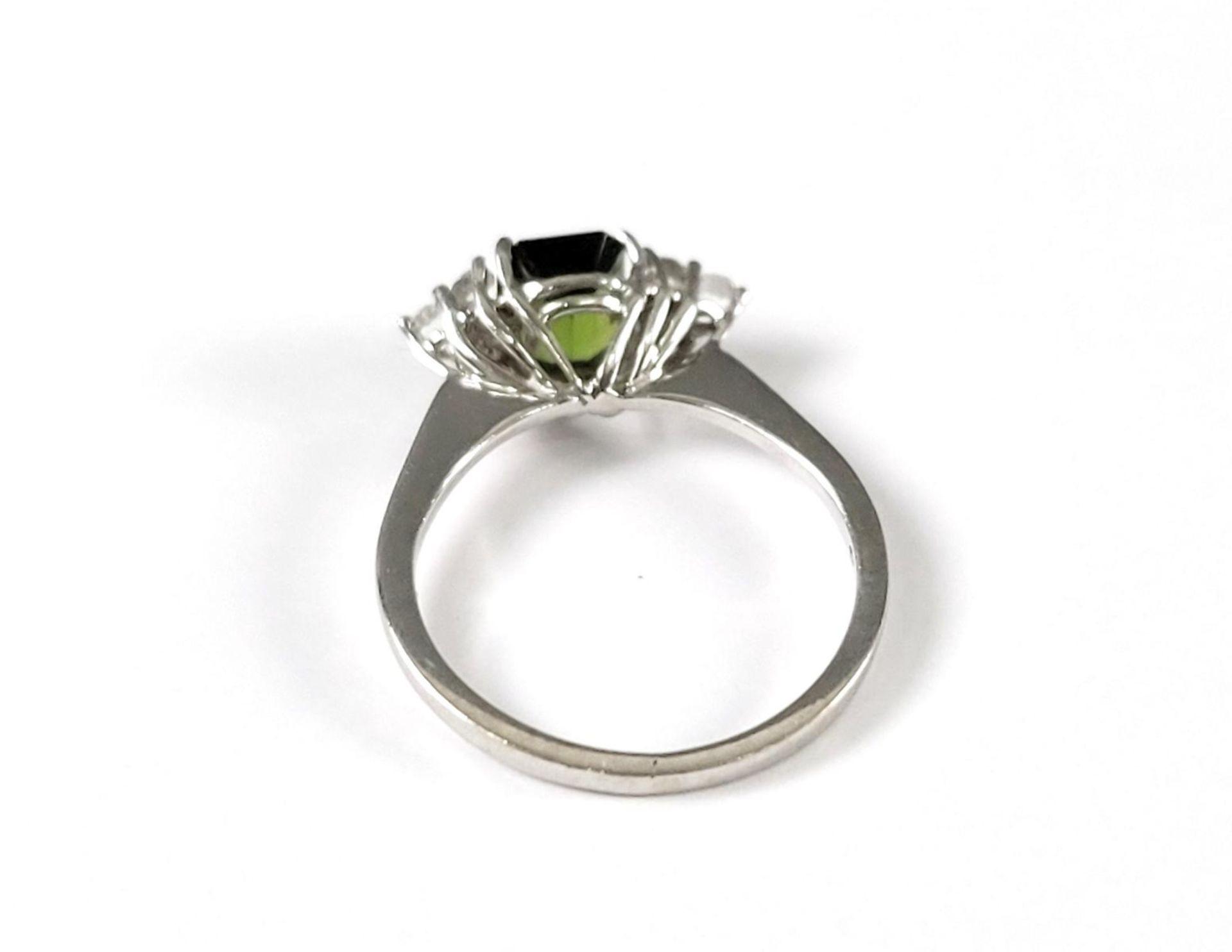 Damenring mit Turmalin und Diamanten, 14 Karat Weißgold - Bild 3 aus 4