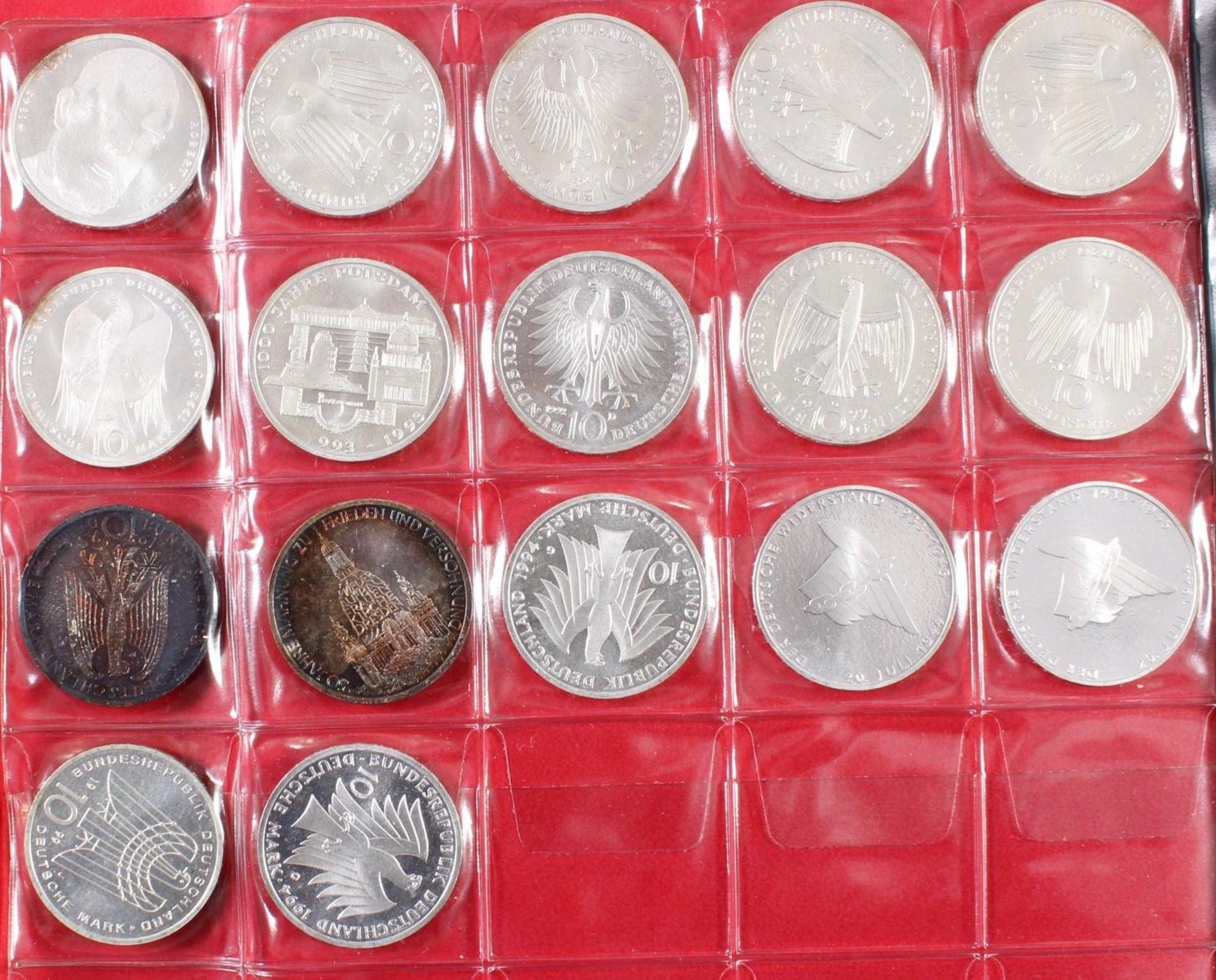 Münzsammlung BRD und alle Welt mit einer Goldmünze - Bild 9 aus 15