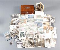 Konvolut Memorabilia, ca. 1900-1950 in Holzschatulle